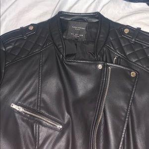 Trafaluc Outerwear